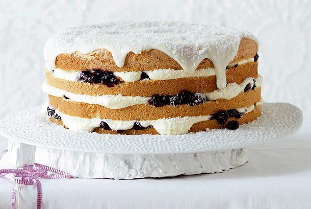 engelskuchen mit zimtblaubeeren und vanille-sahnepudding rezept ... - Engels Küche