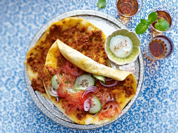 Lahmacun (Türkische Pizza) Rezept | LECKER