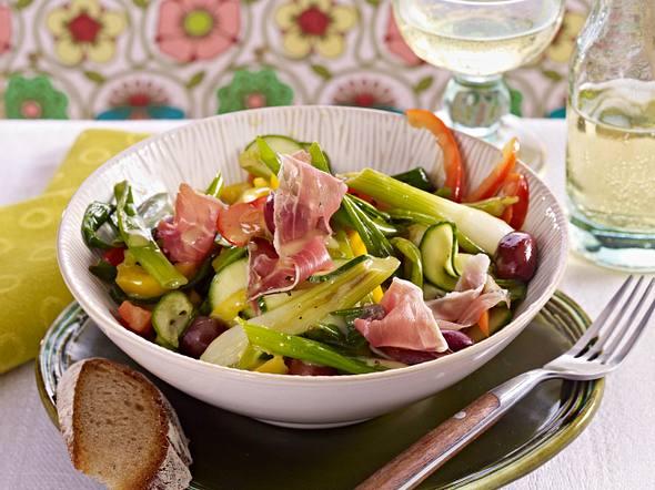 20-Minuten-Sommersalat mit Schinken Rezept