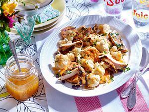 Chili-Limetten-Hähnchen mit gegrilltem Süßkartoffel-Blumenkohl-Salat Rezept