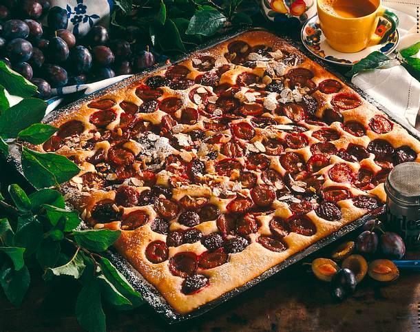 Amaretto-Pflaumen-Kuchen Rezept