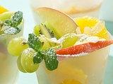 Ananas-Hähnchen-Salat in Fruchthälften Rezept