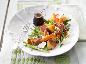 Ananas-Papaya-Salat mit Parmaschinken Rezept