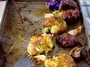 Angedrückte Pellkartoffeln aus dem Ofen Rezept