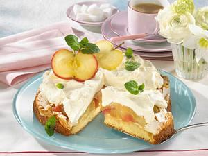 Apfel-Baisertorte mit Vanille-Sahnecreme Rezept