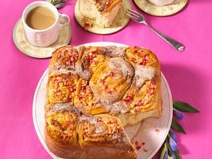 Apfel-Marzipan-Rosenkuchen Rezept