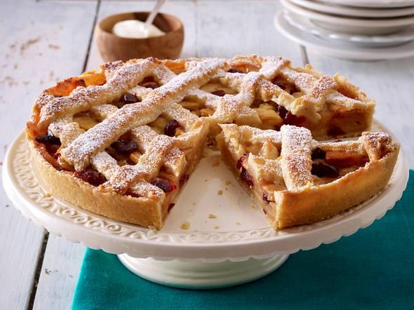 Apfel-Marzipan-Tarte mit Gitter Rezept
