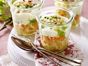 Apfel-Möhren-Schichtsalat Rezept