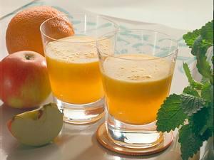 Apfel-Orangen-Drink Rezept
