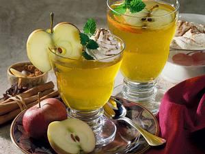 Apfelgelee mit Zimtsahne Rezept