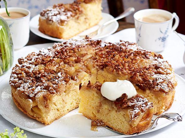 Apfelkuchen mit Walnusskaramell Rezept