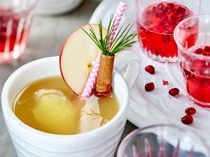 Apple-Pie-Punsch & Granatapfel-Shot Rezept