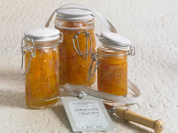 Aprikosen-Chutney mit Koriander Rezept