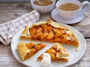 Aprikosen-Galette mit Lavendel und Vanille Rezept