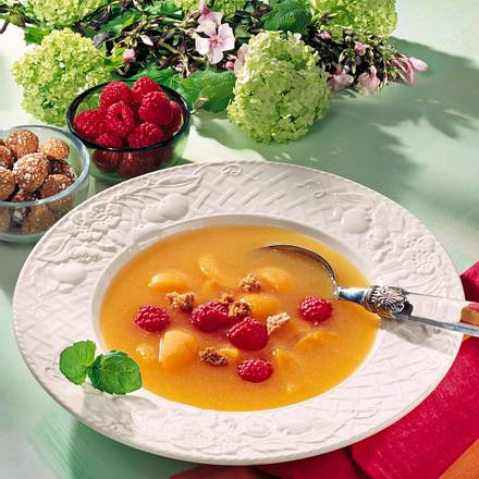 Aprikosen-Himbeeren-Kaltschale Rezept