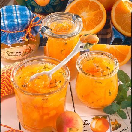aprikosen orangen marmelade mit minze rezept lecker. Black Bedroom Furniture Sets. Home Design Ideas