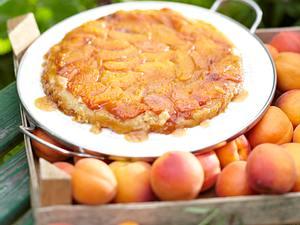 Aprikosen Tarte Tatin mit Crème fraîche Rezept