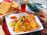 Asia-Nudeln mit Hähnchen und Ei Rezept