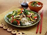 Asian Chicken Veggie Stir Fry with Brown Rice Rezept