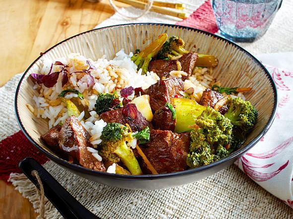 Asiapfanne mit Rindfleisch und Brokkoli Rezept
