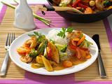 Asiatische Wok-Pfanne mit Hähnchen Rezept