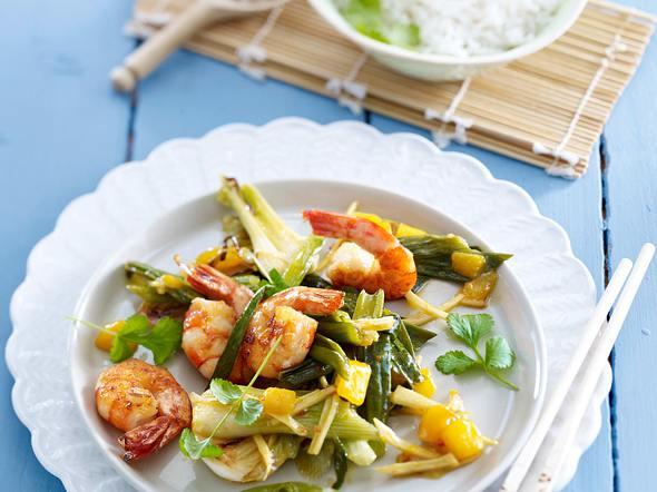 Asiatisches Frühlingszwiebel-Gemüse mit Garnelen Rezept