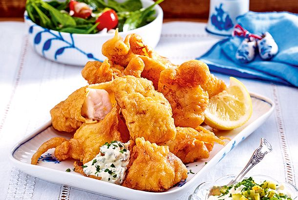 Backfisch mit Remoulade und Salat Rezept