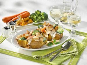 Backkartoffeln mit Gemüseragout-Füllung Rezept