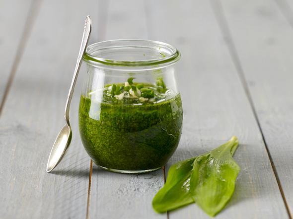 Bärlauch 4x anders: Pesto Rezept