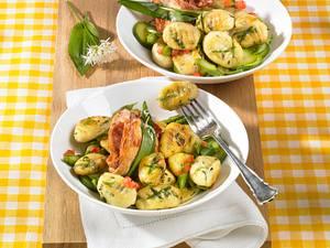 Bärlauch-Gnocchi mit Zucchini und Spargel Rezept