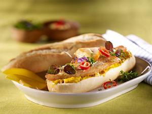 Baguettebrötchen mit Currycreme und Fischfilet Rezept