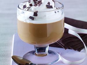 Bailey-Kaffee mit Sahnehaube Rezept