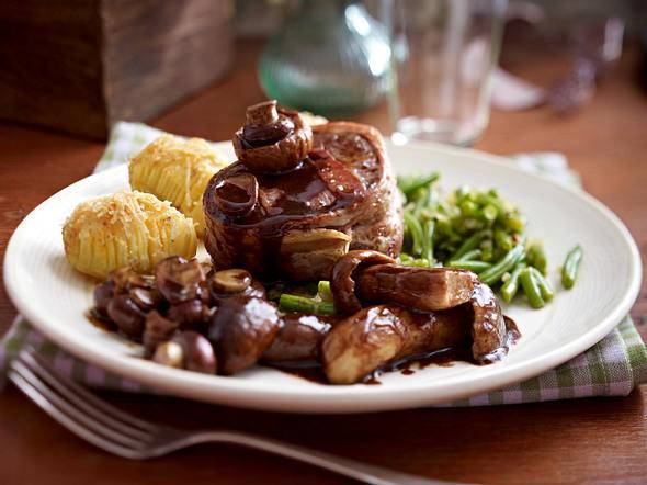 Balsamico-Pilze zu Rinderfiletmedaillons & Fächerkartoffeln Rezept