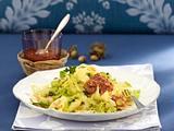 Bandnudeln mit Wirsing und Haselnuss-Pesto Rezept