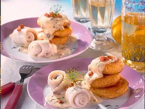 Bechamel-Kartoffelplätzchen mit Schollenröllchen Rezept