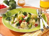 Béchamelkartoffeln mit Broccoli und Paprika-Concassé Rezept