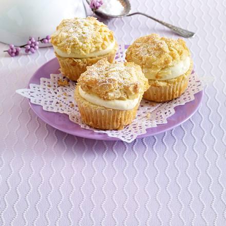 bienenstich muffins mit vanillecreme rezept lecker. Black Bedroom Furniture Sets. Home Design Ideas