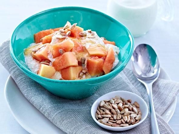 Bircher Müsli mit Papaya und Honig Rezept