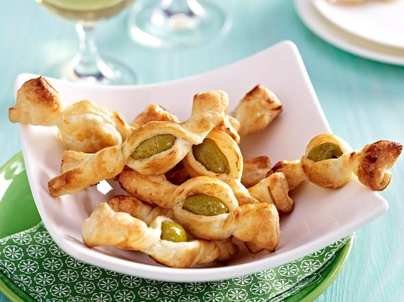 Blätterteig-Olivenstangen Rezept