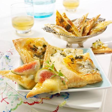 Blätterteighappen mit Gorgonzola und Schafskäse Rezept