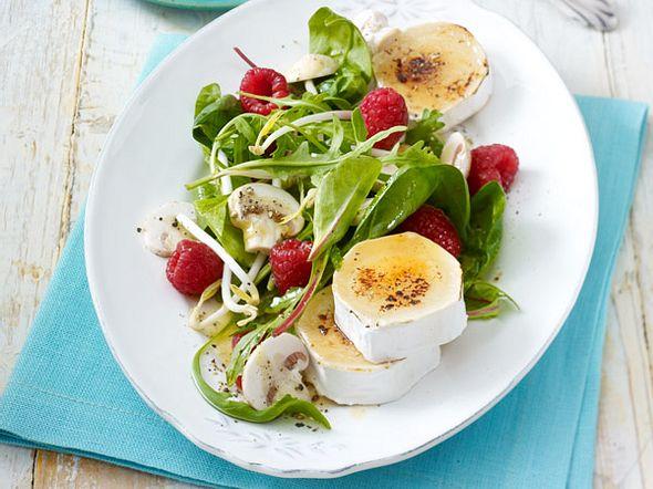 Blattsalat mit Ziegenkäse Rezept