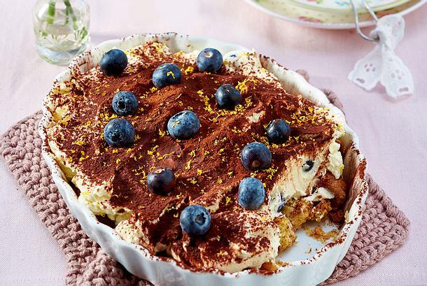 Blaubeer-Buttermilch-Tiramisu mit Cantuccini Rezept