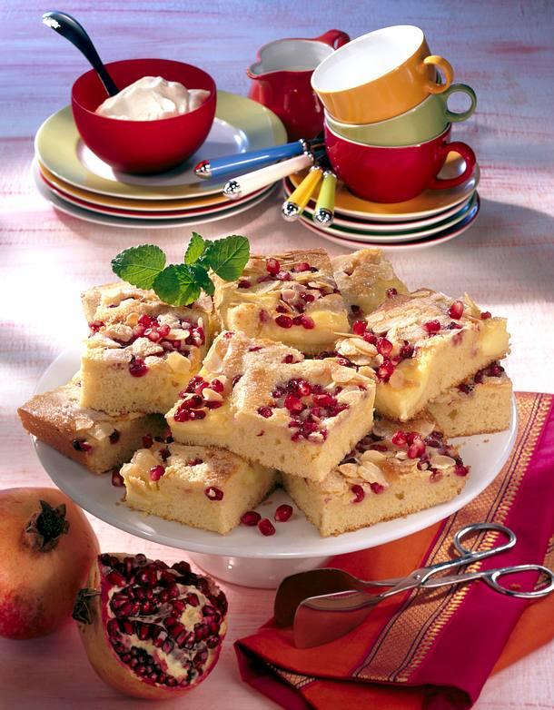 Blechkuchen mit Granatäpfeln Rezept
