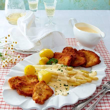 Blitz-Hollandaise zu weißem Spargel und zweierlei Filet-Schnitzel Rezept