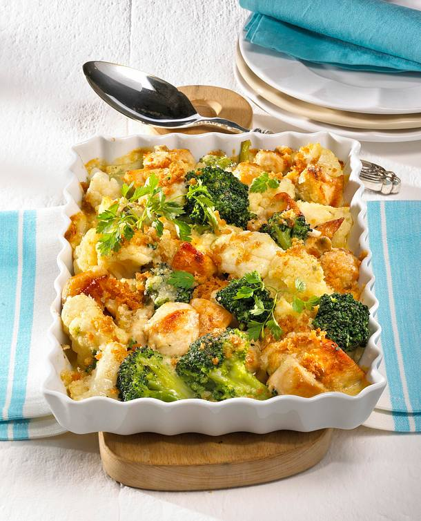 blumenkohl broccoli auflauf mit h hnchen rezept lecker. Black Bedroom Furniture Sets. Home Design Ideas