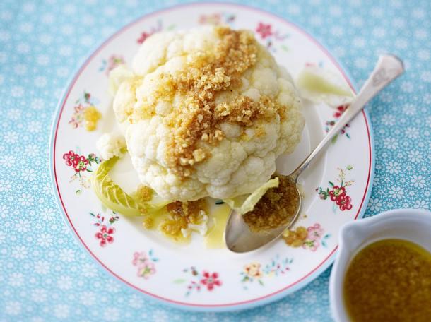 Blumenkohl mit Butter-Brösel Rezept