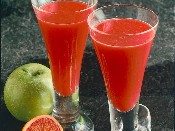 Blutorangen-Apfel-Drink Rezept