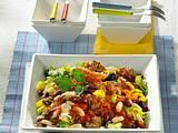 Bohnen-Lauch-Salat mit Mett Rezept
