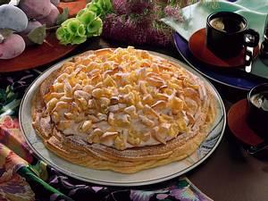 Brandteig-Pflaumen-Torte (mit frischen Pflaumen) Rezept