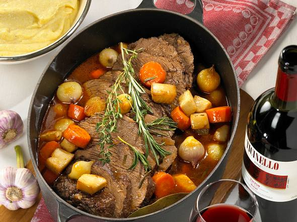 Brasato al Merlot (Rinderschmorbraten mit Rotweinsoße) Rezept